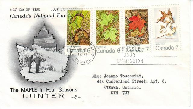 1971 - Maple Leaves - Rose Craft - Comb - 4 Seasons  - Ottawa